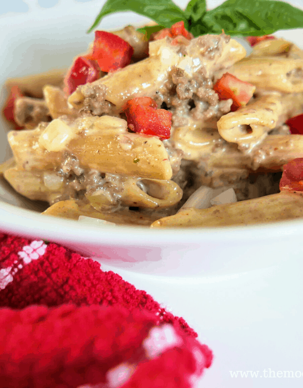 Cheeseburger Pasta with roma tomatoes hed 3