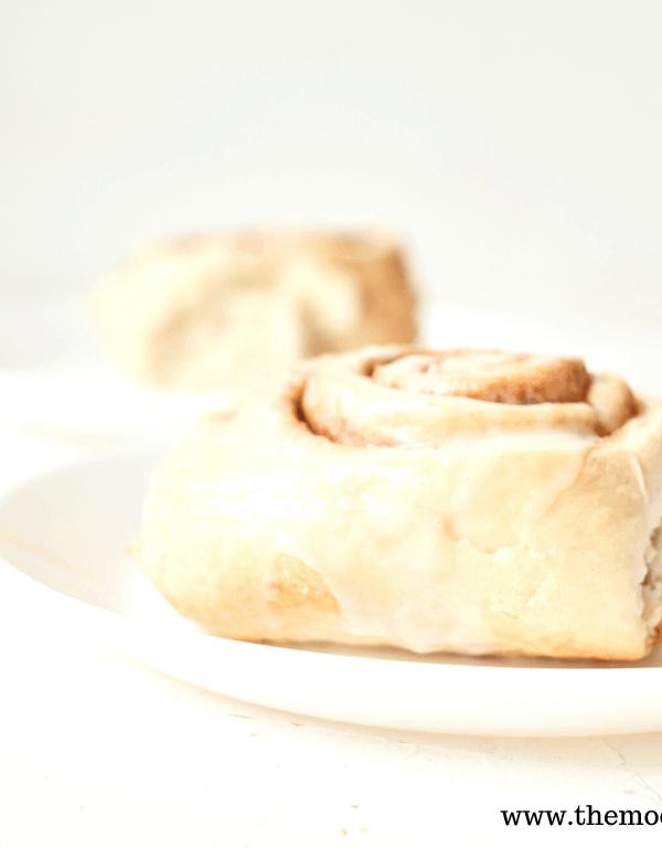 Easy Vanilla Cinnamon Buns Recipe from Cake Mix
