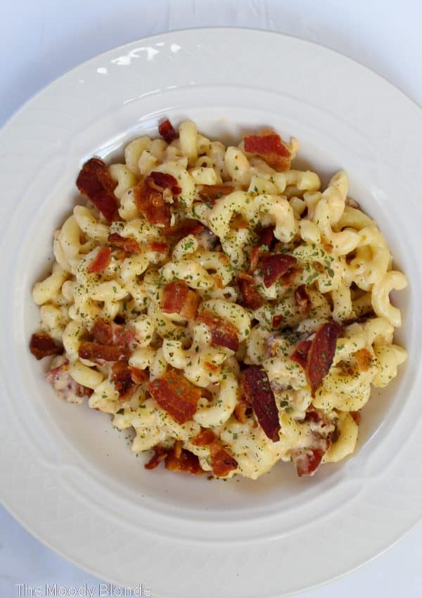Easy Instant Pot Bacon Macaroni and Cheese