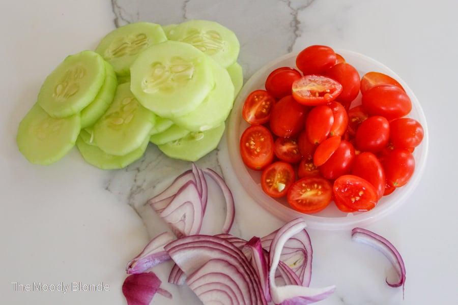 keto cucumber tomato salad ingredients